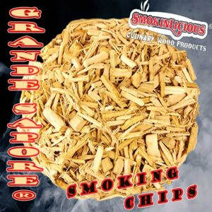 Smokinlicious® Grande Sapore-larger smoker chips are crushed to preserve the great moisture level to be released during the cooking process.
